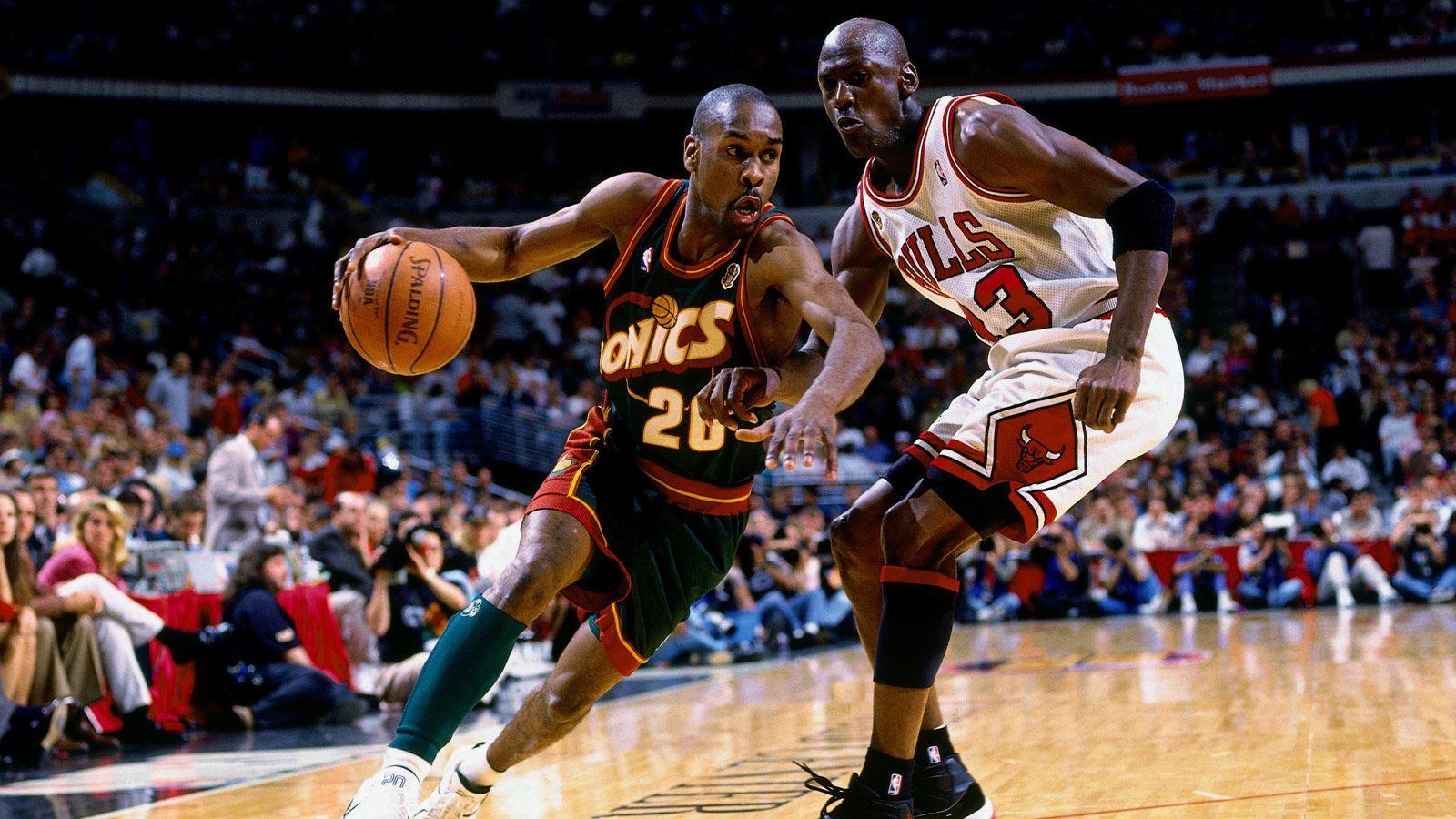 The Glove face à Jordan lors de la finale 1996