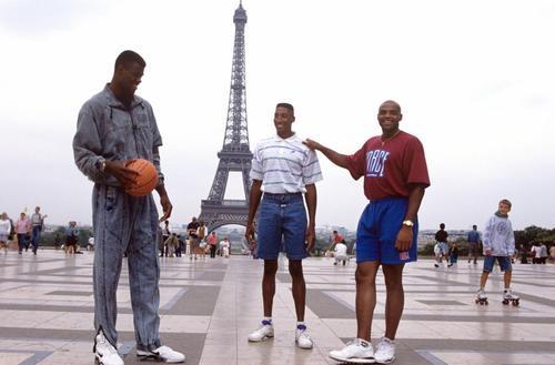 Tour de force Nike : Pippen et Barkley à Bercy
